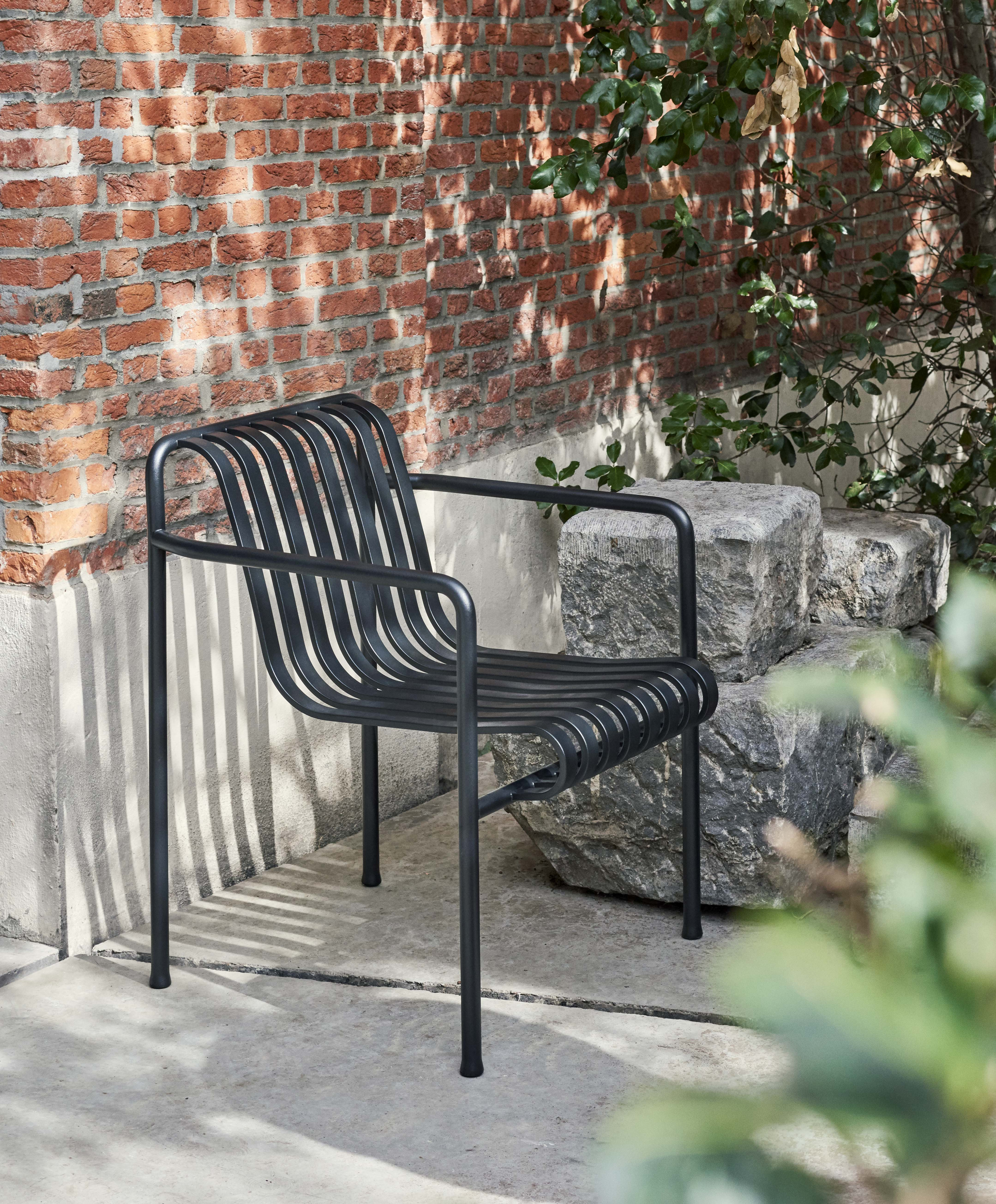 Palissade Dining Arm Chair anthracite Antwerp