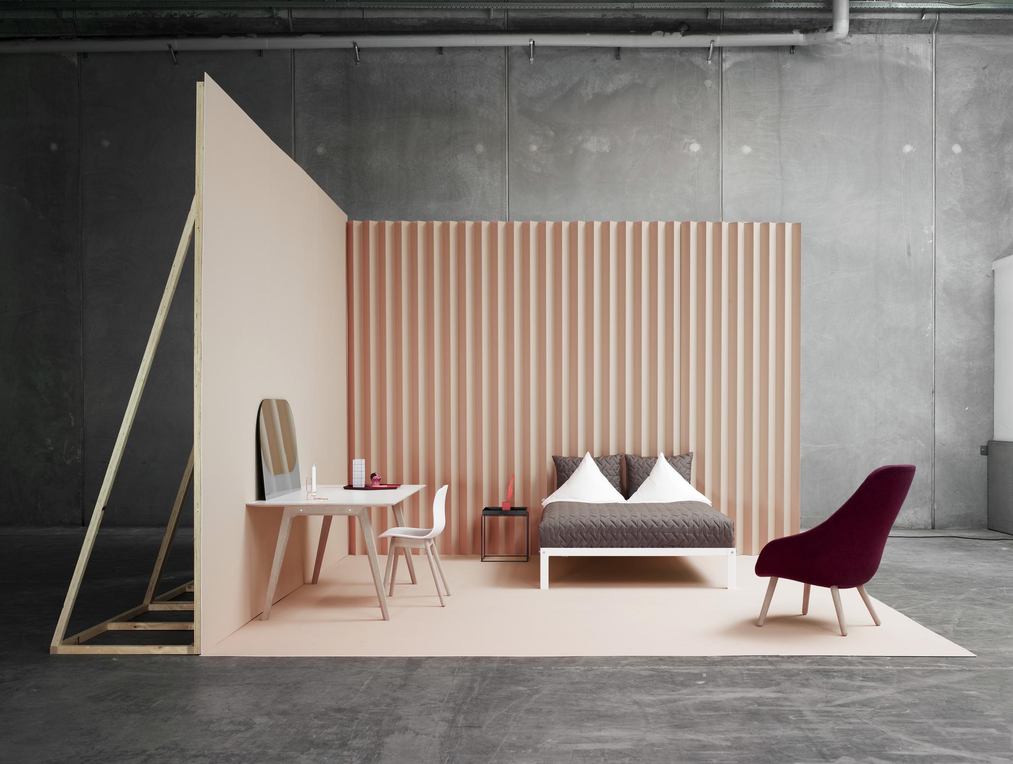 dormitorio gris crema hay muebles
